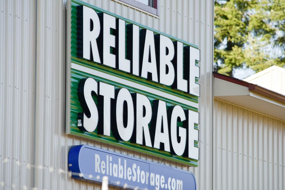 Welcome sign at Reliable Storage in Silverdale, Washington
