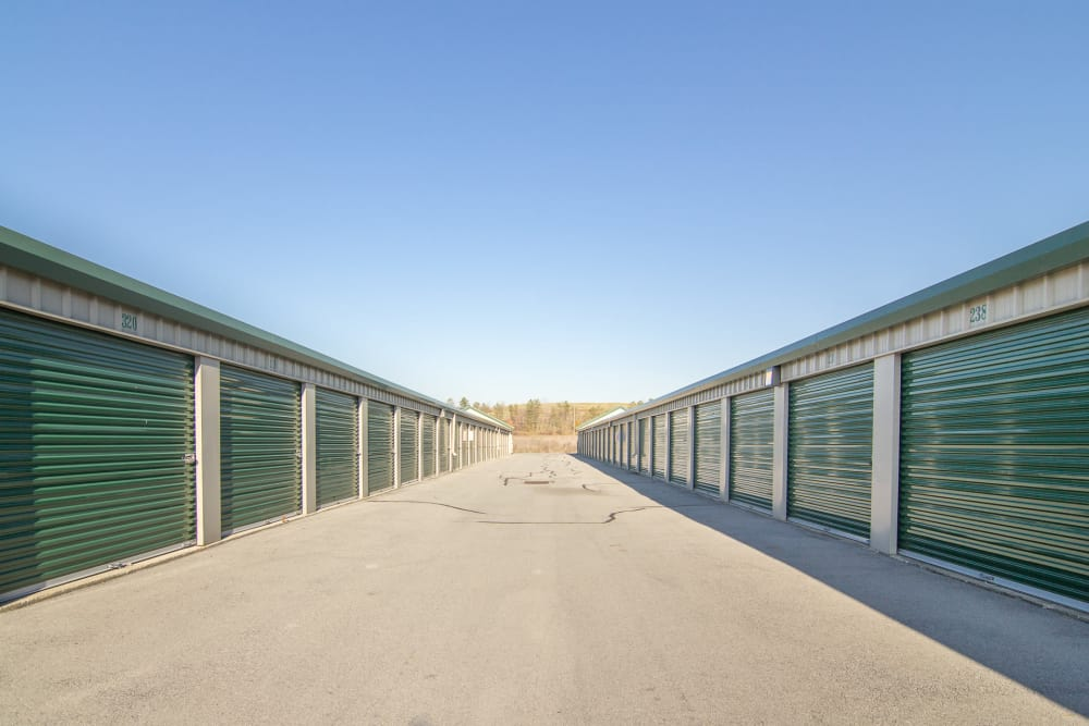 Large driveways at Capital Self Storage New Hampton in New Hampton, NY