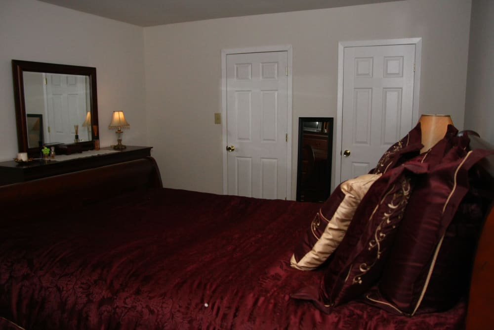 Beautiful bedroom at apartments in Bordentown, New Jersey