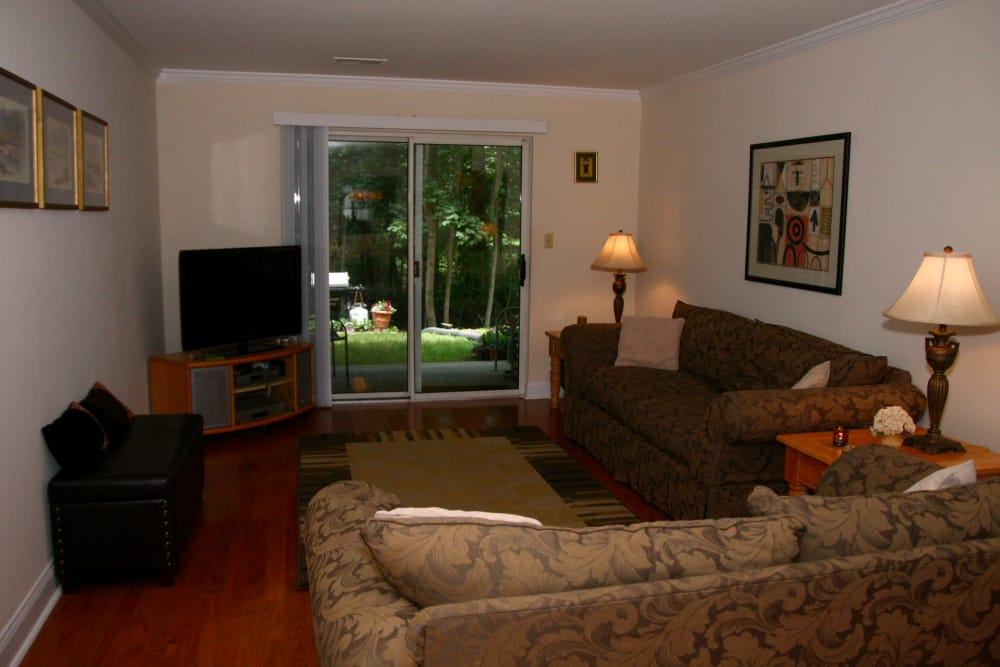 Spacious living room at Parkview Commons Apartments in Caldwell, New Jersey
