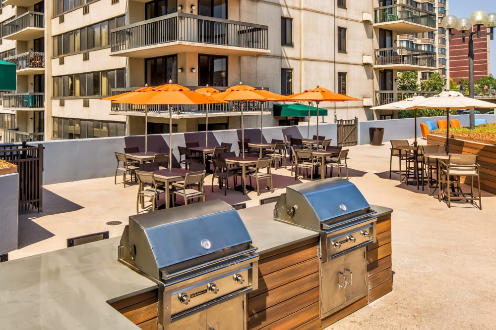 Gas BBQ grills at Prospect Place in Hackensack
