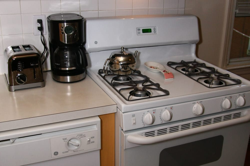 Royal Court Apartments apartments come with a nice gas stove and dishwasher