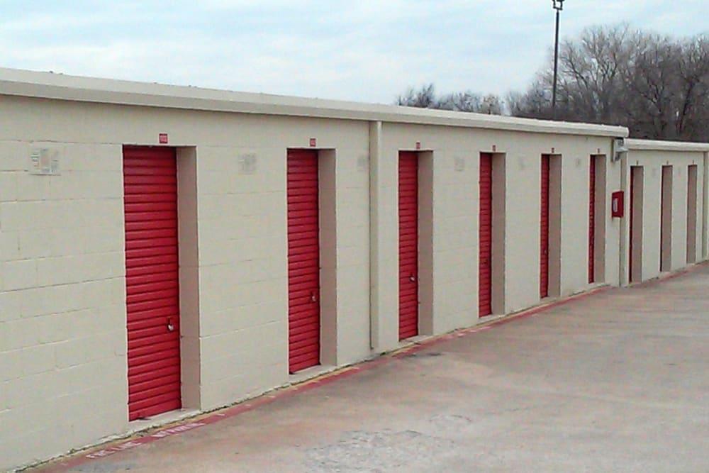 Self storage units at U-Store-It in Arlington