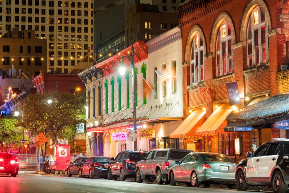 Nightlife in Austin, TX near Alta Tech Ridge