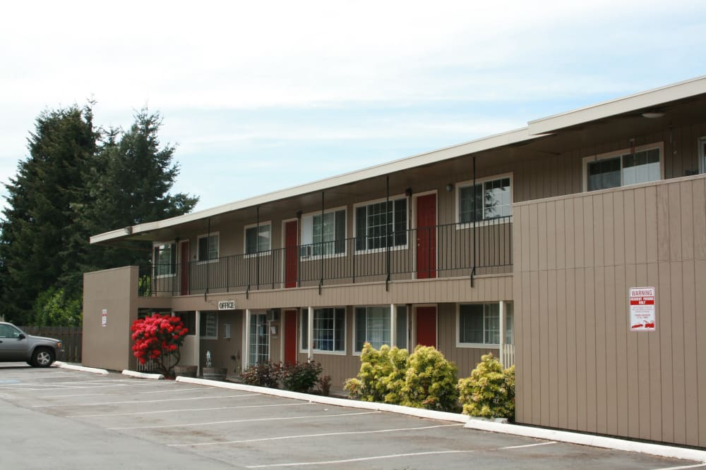 Exterior view of our apartments at Village Park in Springfield, Oregon