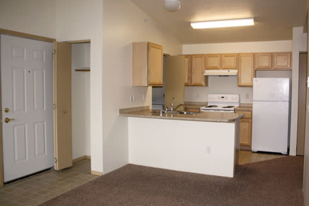River Rock Apartments offers a kitchen in Spokane Valley, Washington
