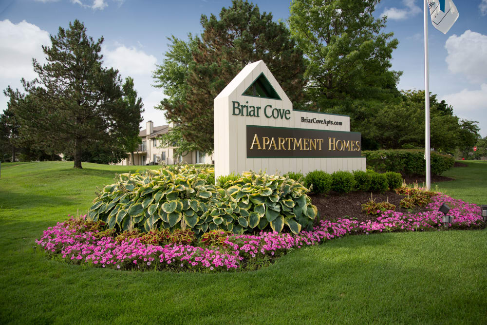 Welcome sign at Briar Cove Terrace Apartments in Ann Arbor, MI