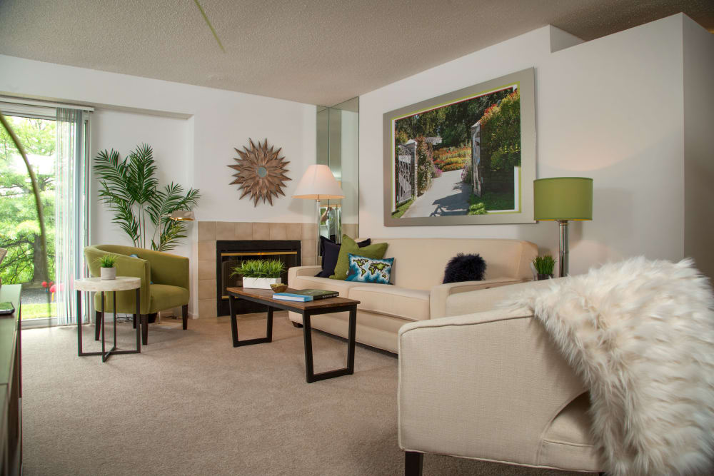 Well appointed living room at Briar Cove Terrace Apartments in Ann Arbor, MI