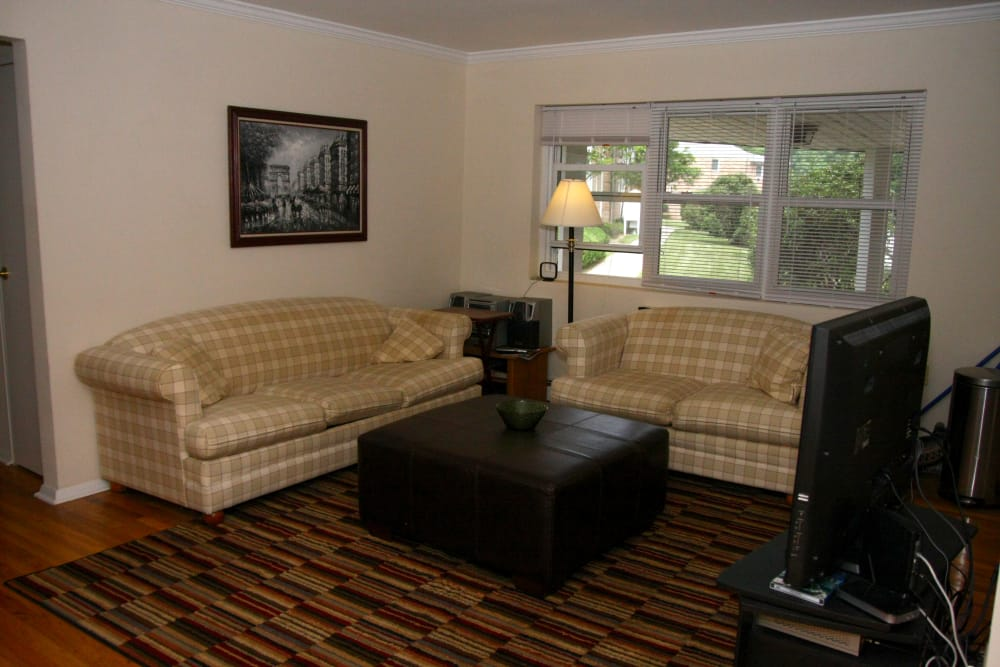 Cozy living room at Pompton Gardens in Cedar Grove