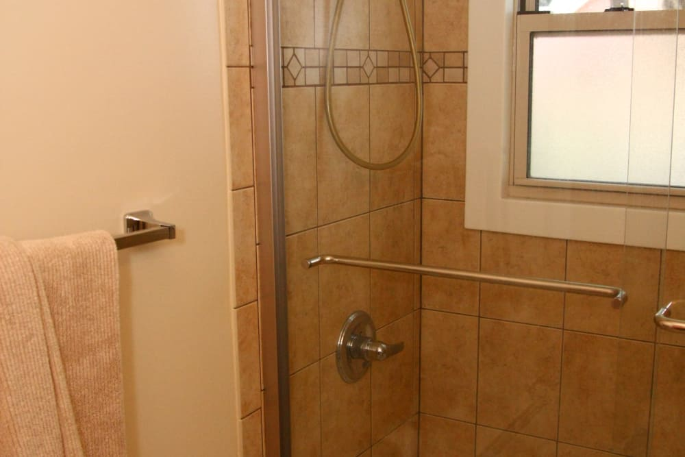 Alternative view of the shower detail at Riverwood Commons
