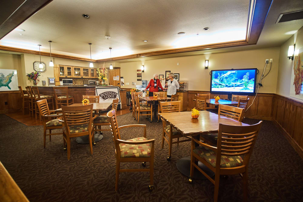 Dining room at Bozeman Lodge in Bozeman, Montana