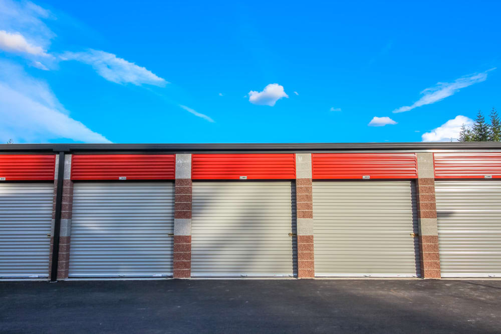 Exterior of our spacious storage facility in Bonney Lake