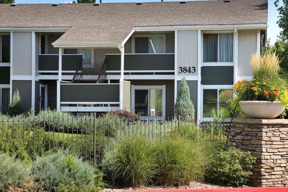 Exterior of Broadmoor Ridge Apartment Homes in Colorado Springs, CO