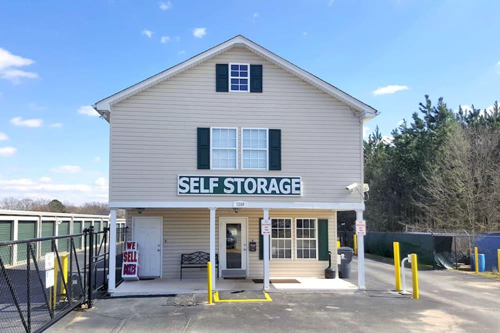 self storage units greenville sc off woodruff rd prime storage. Black Bedroom Furniture Sets. Home Design Ideas