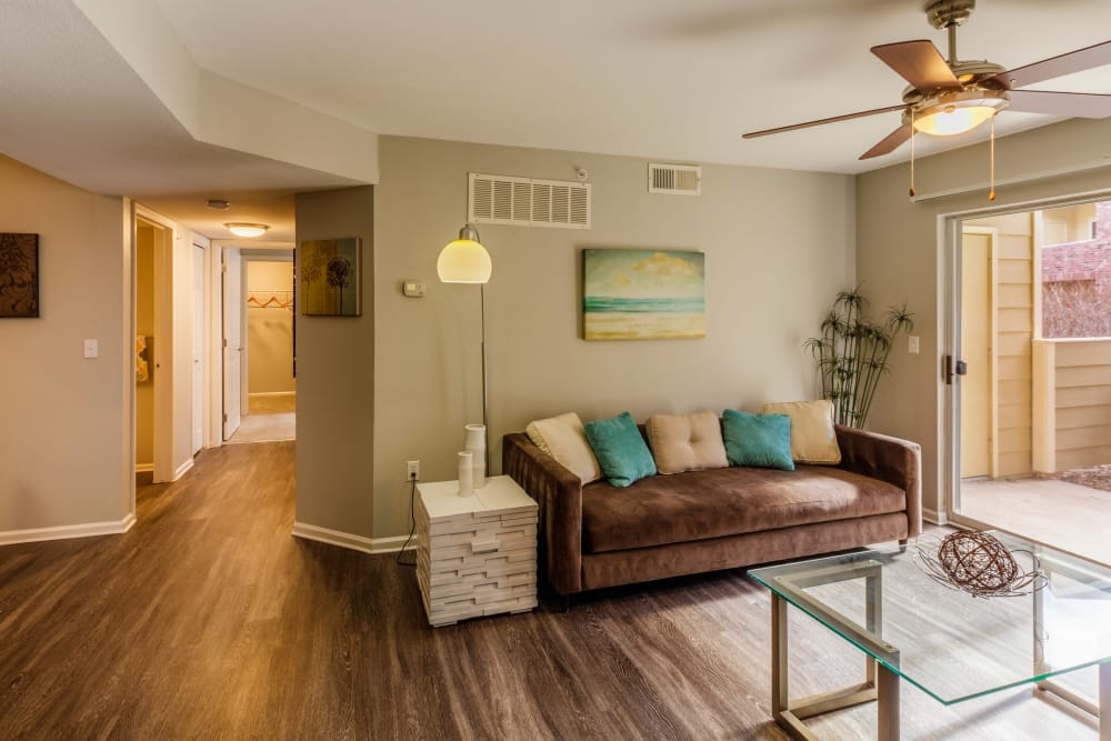 Living room at Willow Run Village Apartments
