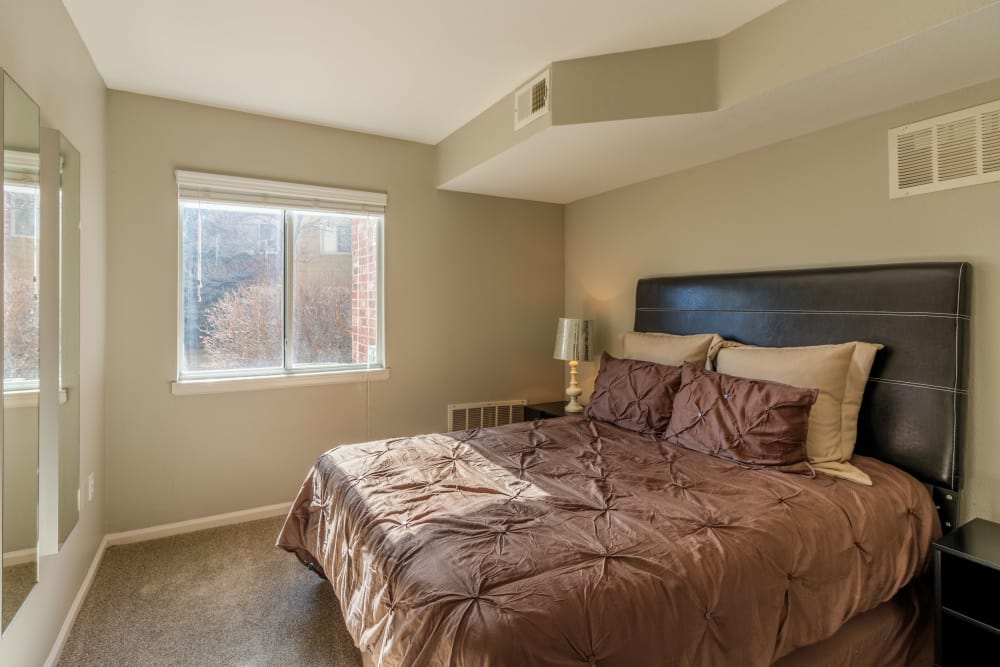 bedroom at Willow Run Village Apartments