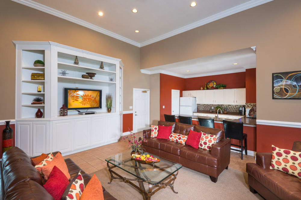 Ballantyne Apartments offers a luxury living room in Lewisville, Texas