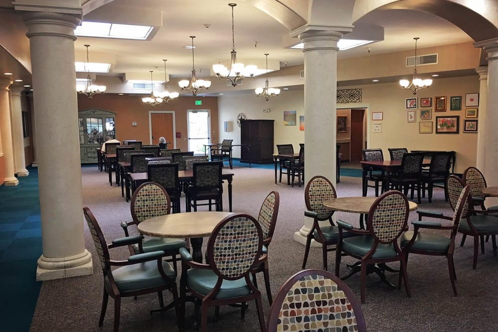 Enjoy restaurant-style dining at Arbors Memory Care in Sparks, NV