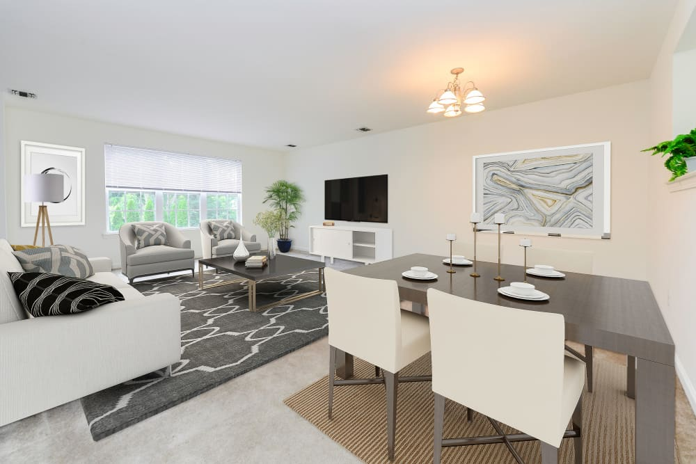 Dining Room & Living Room at Mews at Annandale Townhomes | Luxury Apartments in Annandale, NJ