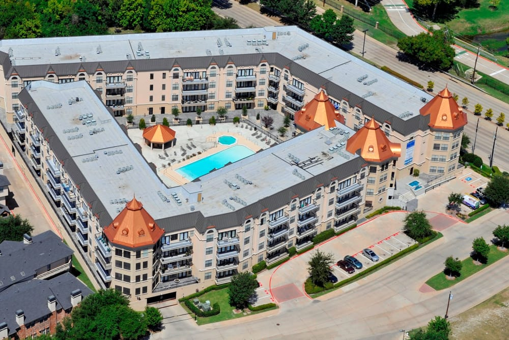 Aerial view of Chateau de Ville in Farmers Branch, Texas