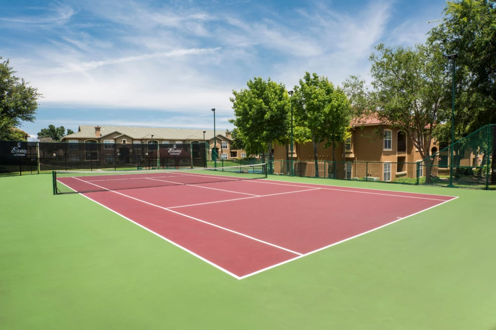 Unique tennis court at apartments in Dallas, Texas