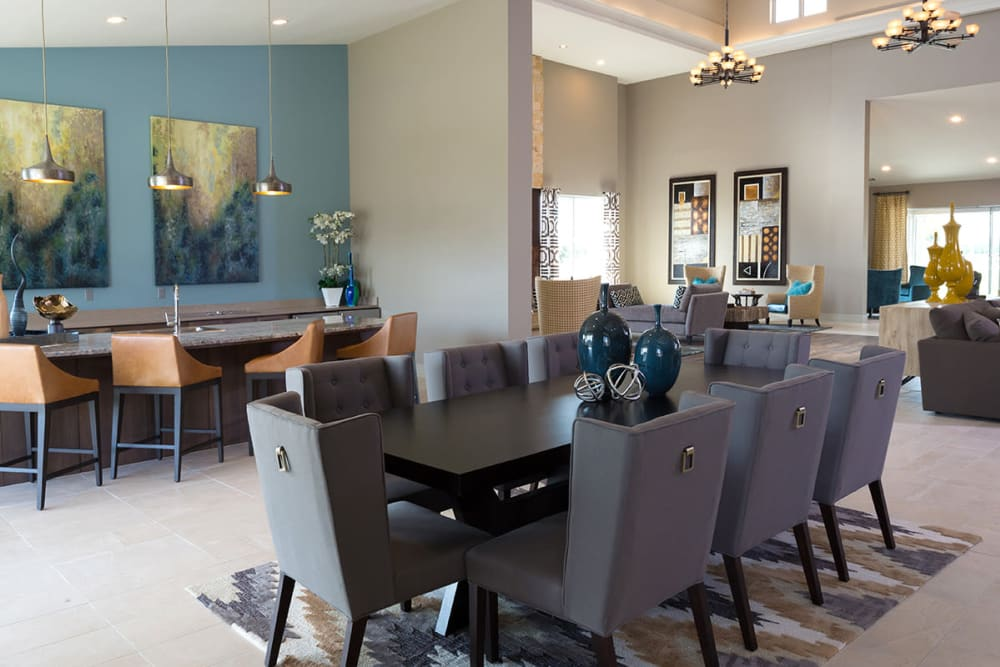 Dining table at Estates of Richardson in Richardson, Texas