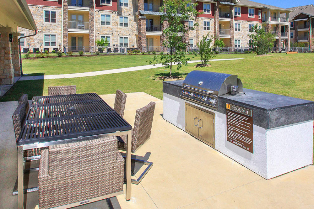 Estates of Richardson in Richardson, Texas showcase a unique BBQ area