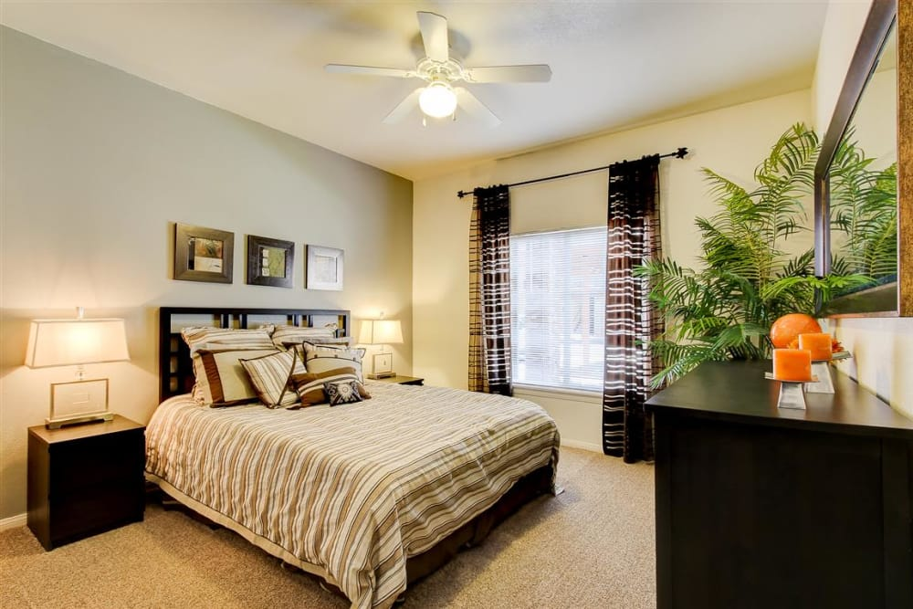 Spacious master bedroom in model home at Sterling Pointe in Flagstaff, AZ