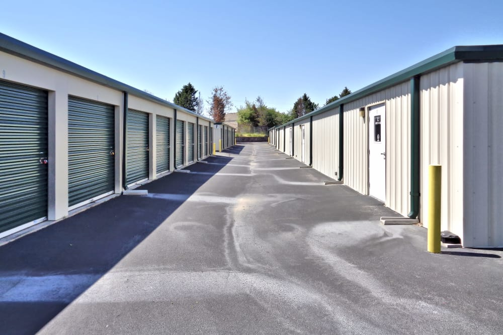 Wide driveways at Monster Self Storage in Simpsonville, South Carolina