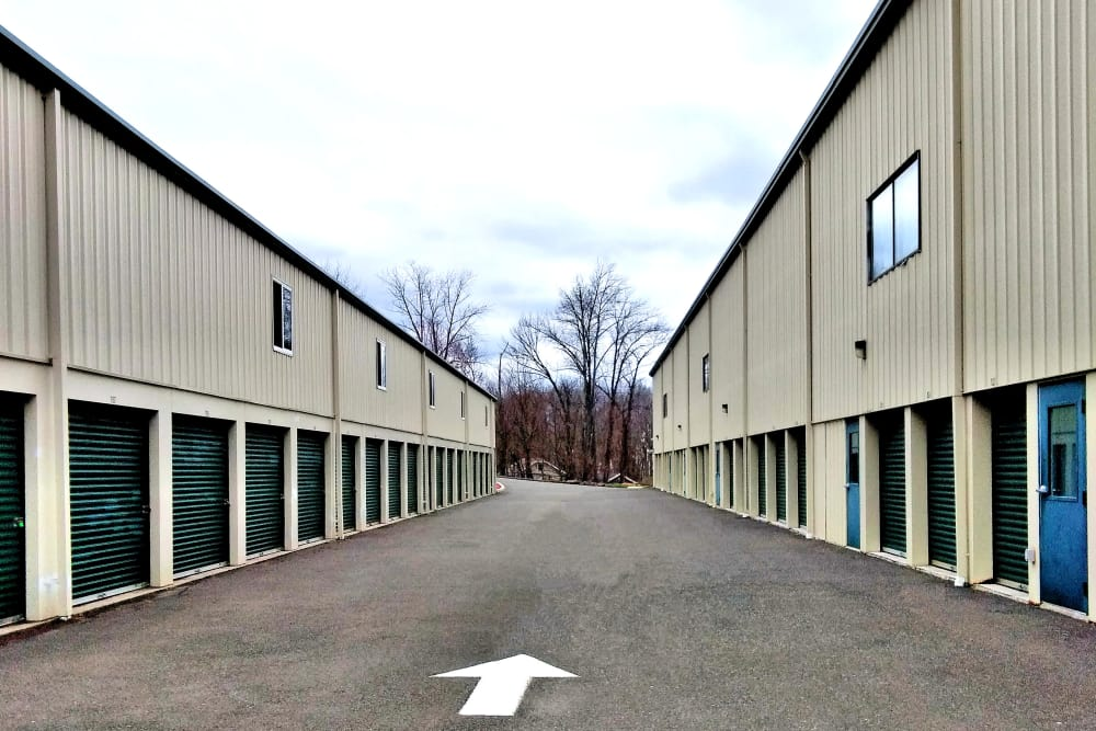 Drive-up access units available at Putnam Storage in Danbury, Connecticut