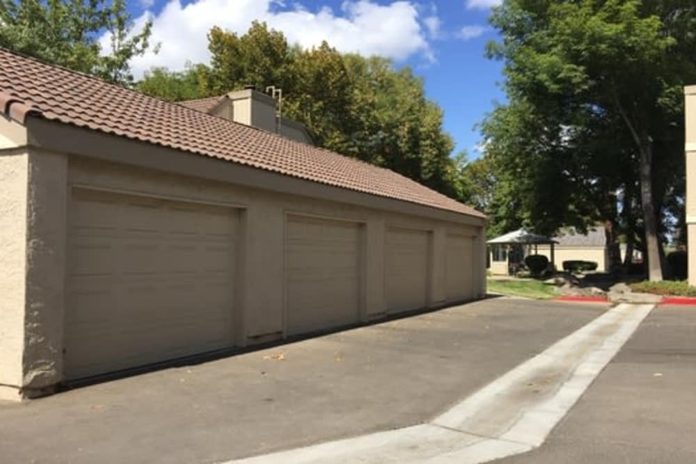 Garages at Sunridge Townhomes in Fresno, California