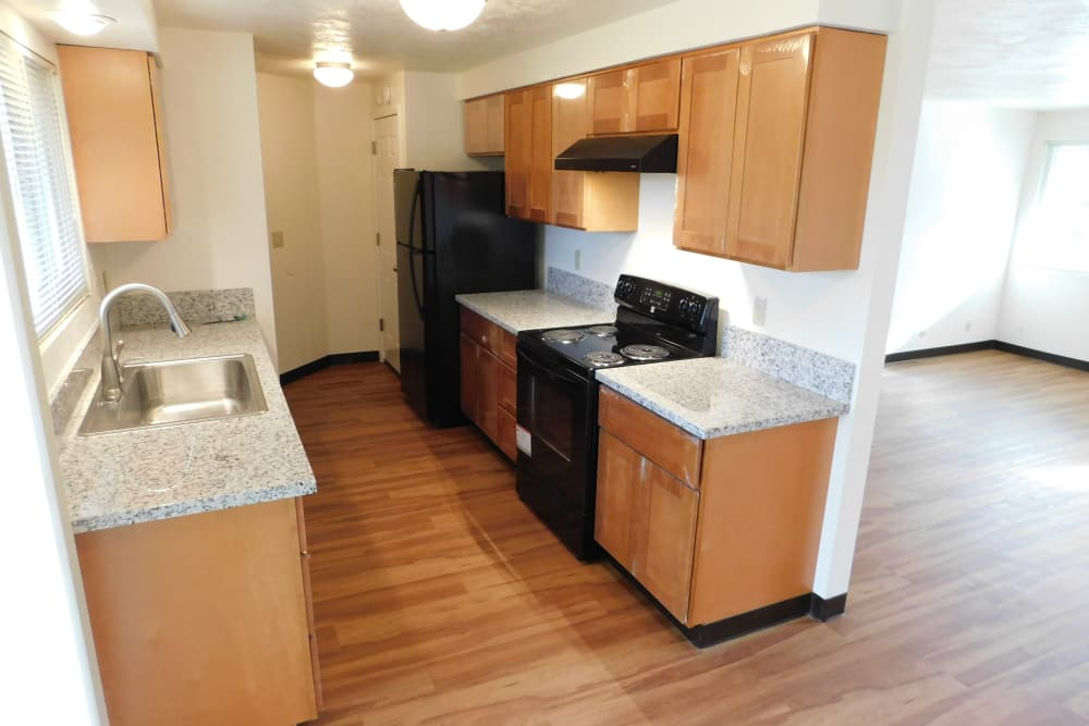 Beautiful kitchen at Shasta Park in Eugene, Oregon
