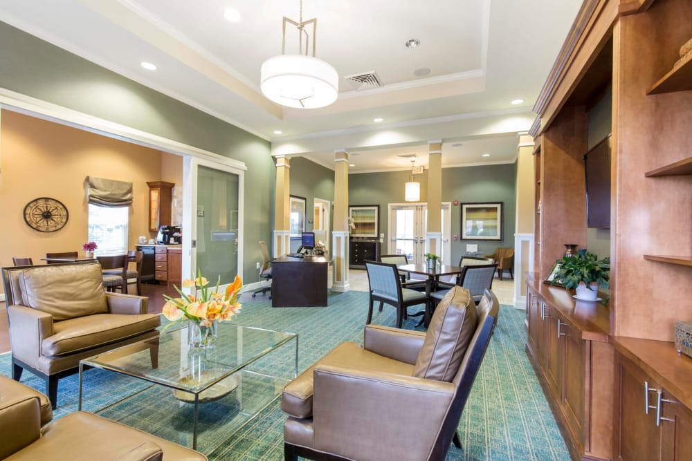 Orchard Meadows Apartment Homes offers a spacious living room in Ellicott City, Maryland