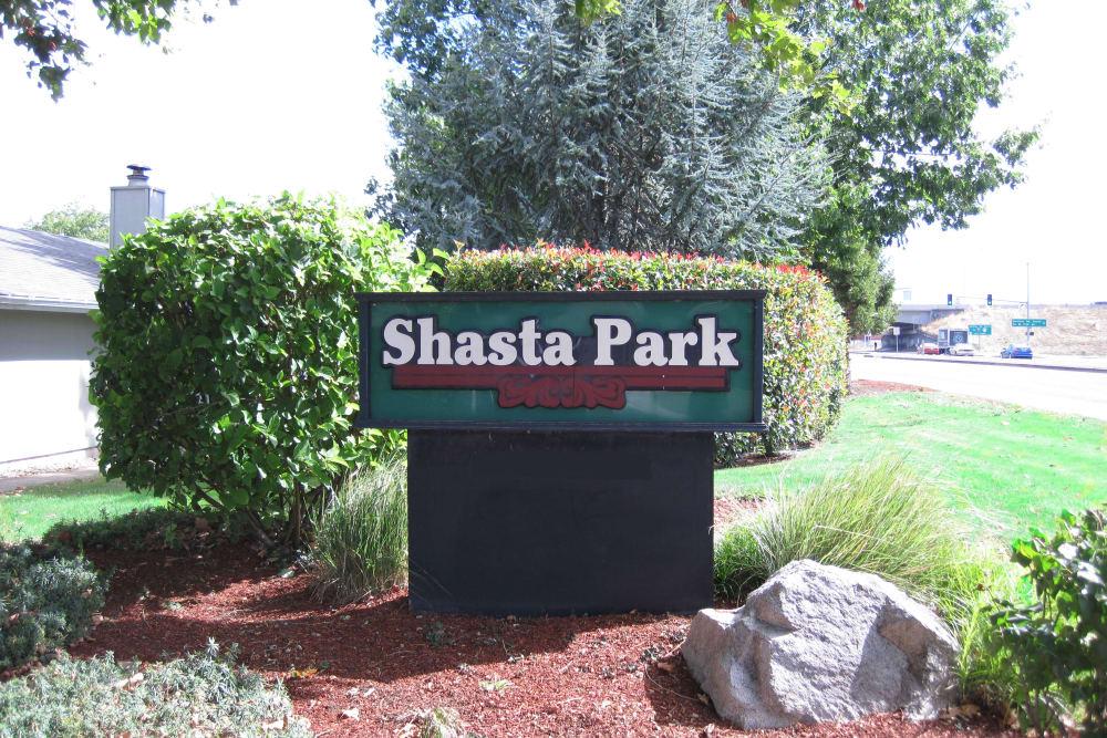 Entrance sign at Shasta Park in Eugene, Oregon