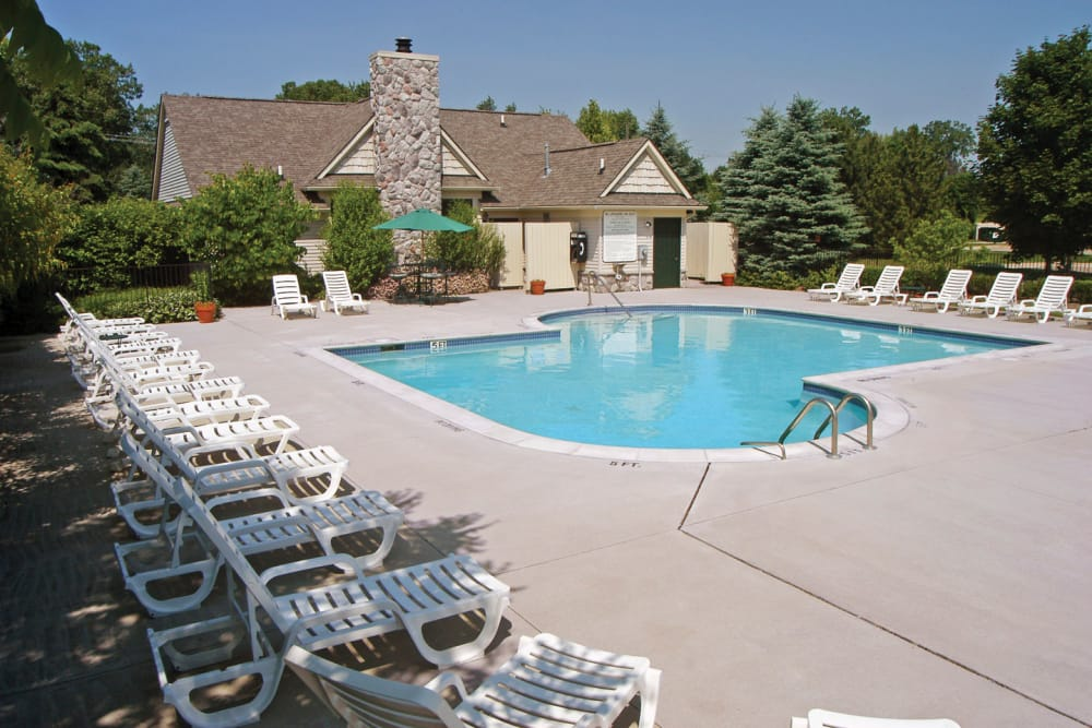 A view of the swimming pool at Legends Fox Creek in Clarkston, MI