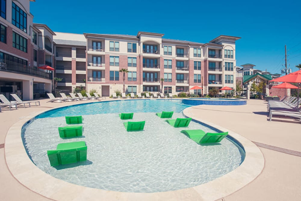 community view at Imperial Lofts in Sugar Land, Texas