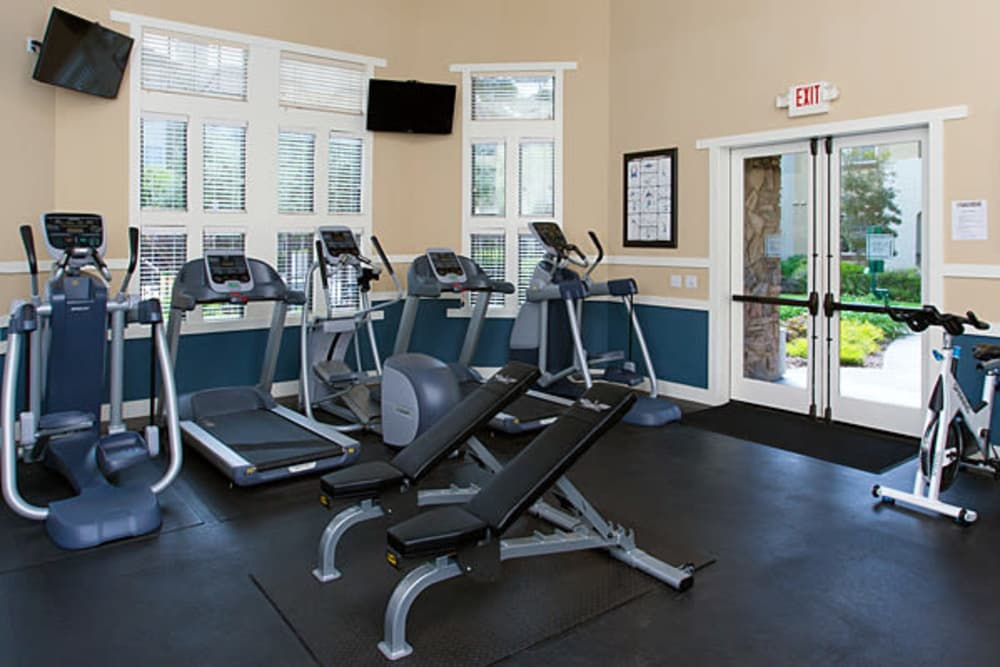 Fully equipped fitness center at The Lodge at Napa Junction in American Canyon, California