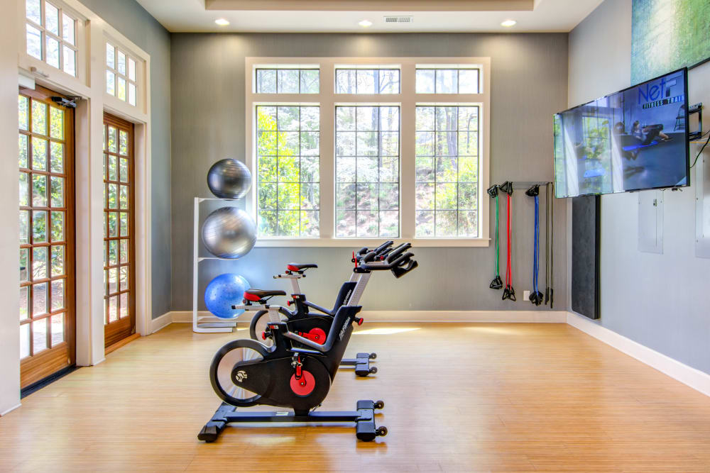 Enjoy Apartments with a Gym & Spin Room at The Residences at Vinings Mountain