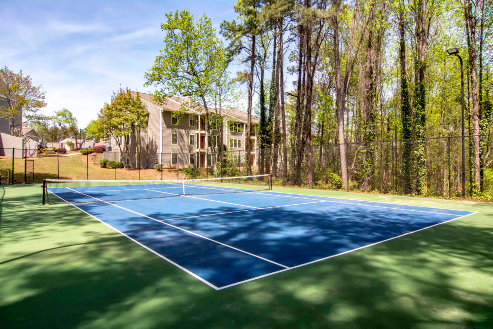 Apartments with a Tennis Court in Atlanta, Georgia