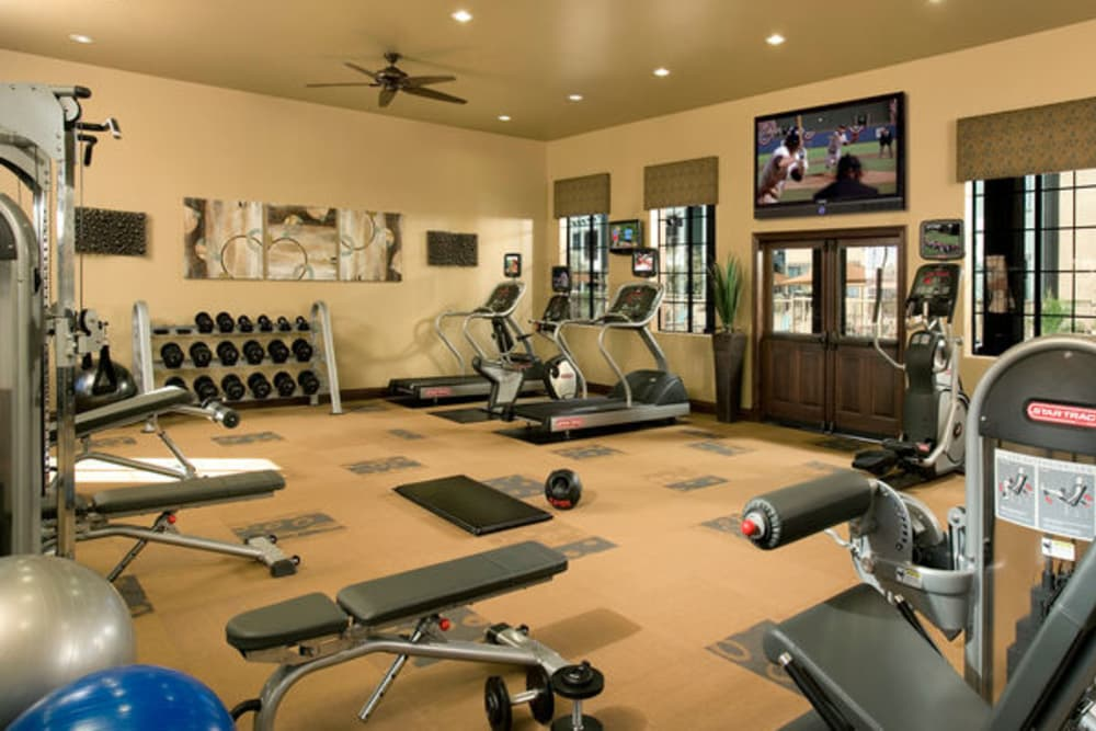 Fitness center at Las Colinas at Black Canyon in Phoenix, Arizona