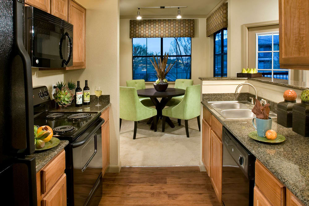 Las Colinas at Black Canyon in Phoenix, Arizona showcase a luxury kitchen