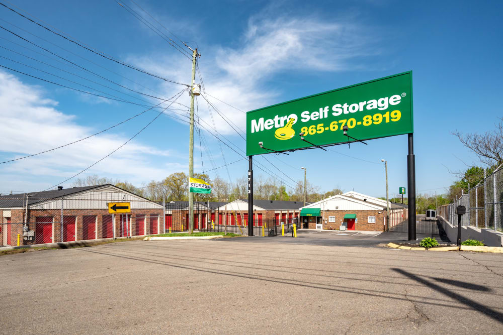 Front Entrance at Metro Self Storage in Knoxville, TN