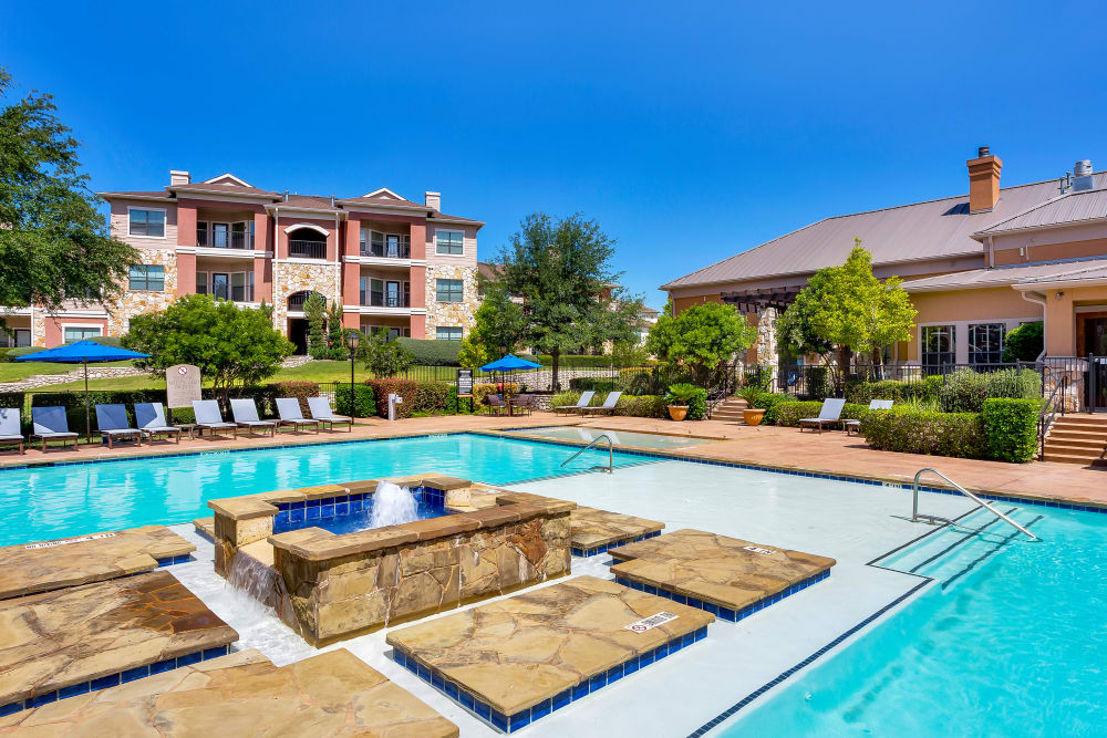 Onion Creek Luxury Apartments offers a luxury swimming pool in Austin, Texas