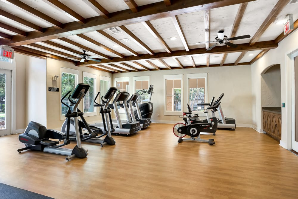 Fitness center at Sedona Ranch Apartments in San Antonio, Texas