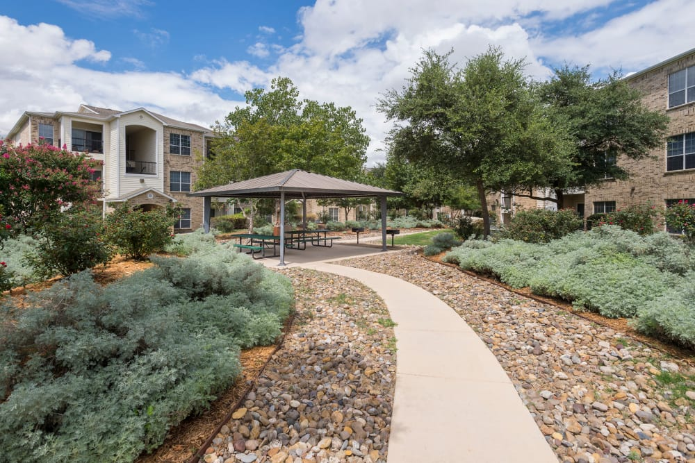 Beautiful path ways at Stoneybrook Apartments & Townhomes in San Antonio, Texas