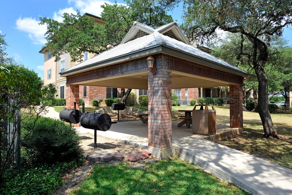 BBQ Area outside apartments in San Antonio, Texas