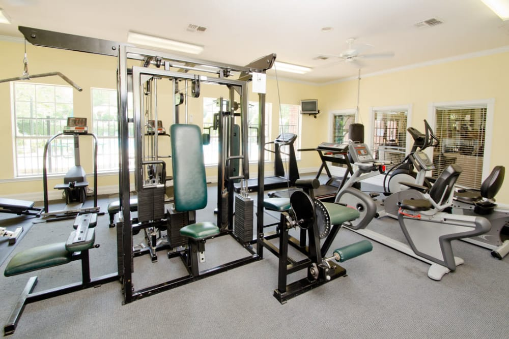 Stay healthy in the Pinnacle Heights fitness center in Antioch, Tennessee