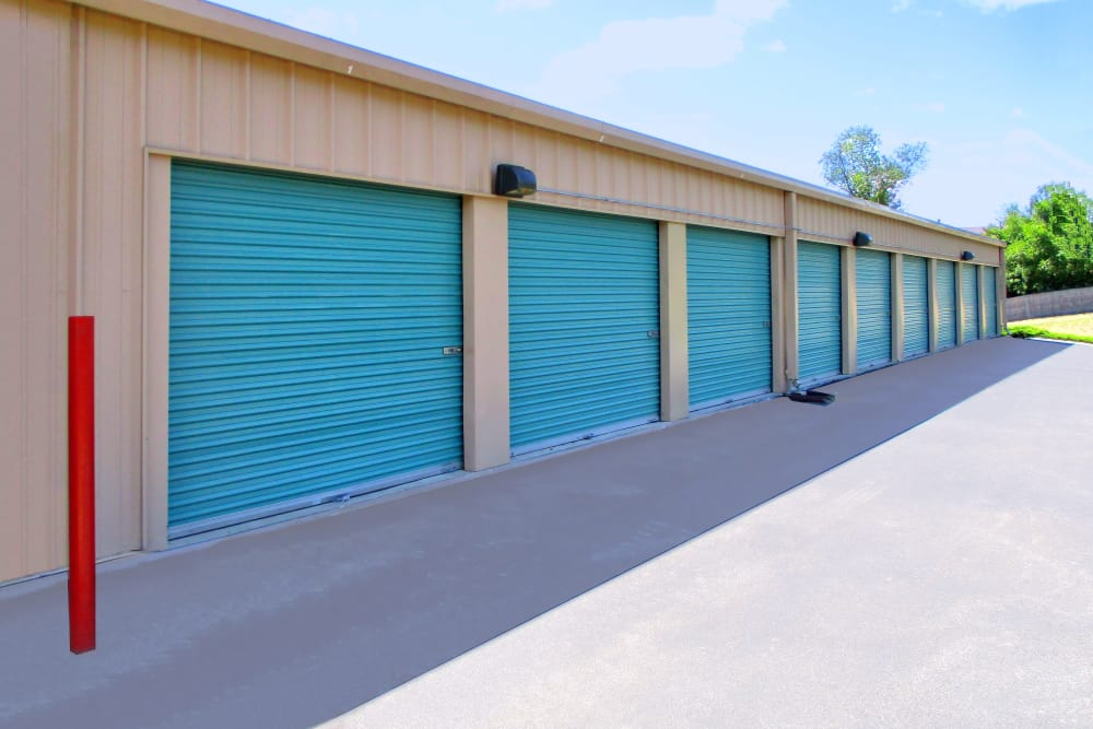 Merveilleux Drive Up Access Units Available At Prime Storage In Dracut, Massachusetts