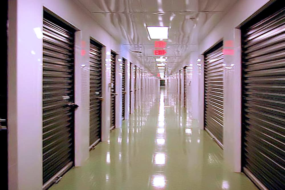 Exceptionnel ... Hallway Of Indoor Units At Prime Storage In Sanford, Maine ...