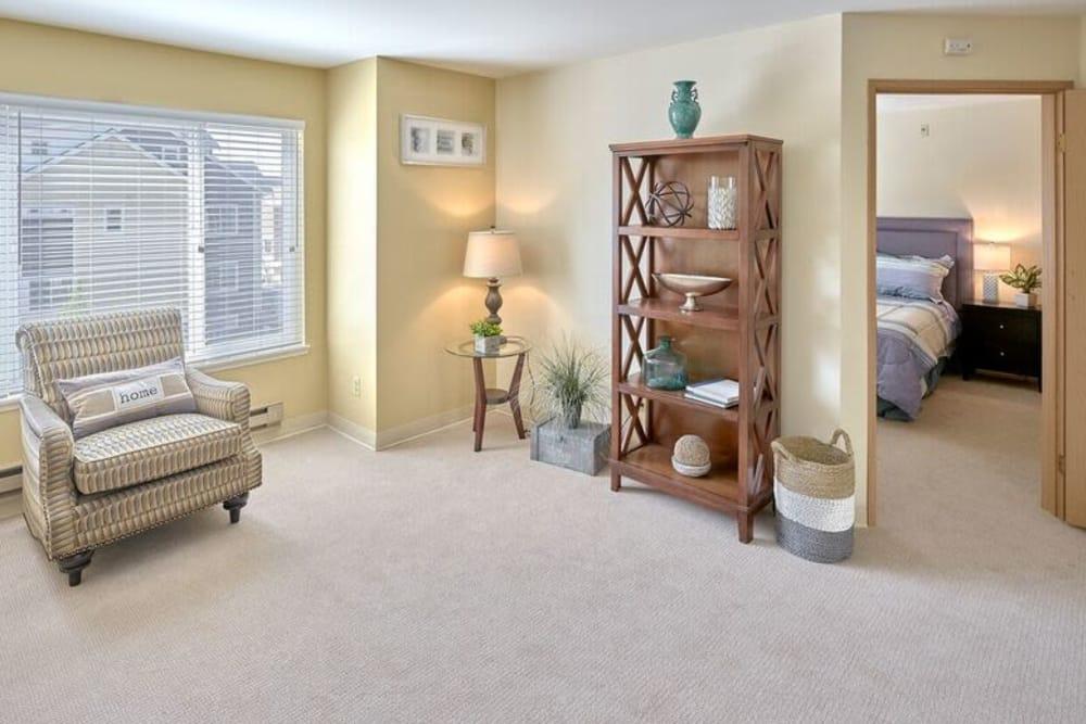 Sagebrook Senior Living at Bellevue living area